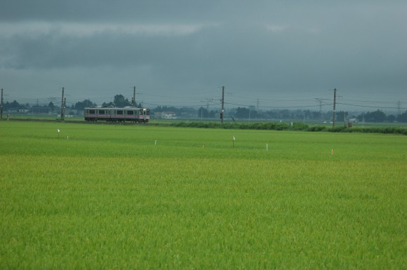 「JR田沢湖線」 撮影場所:JR田沢湖線四ツ屋駅周辺 撮影日:2013.8.24 JR-14