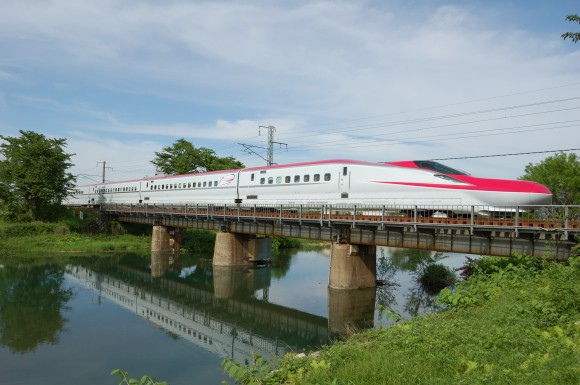 「JR田沢湖線」 撮影場所:JR田沢湖線四ツ屋駅周辺 撮影日:2013.6.1 JR-4