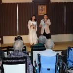 歌と踊りのショー(ニューあじさい会)